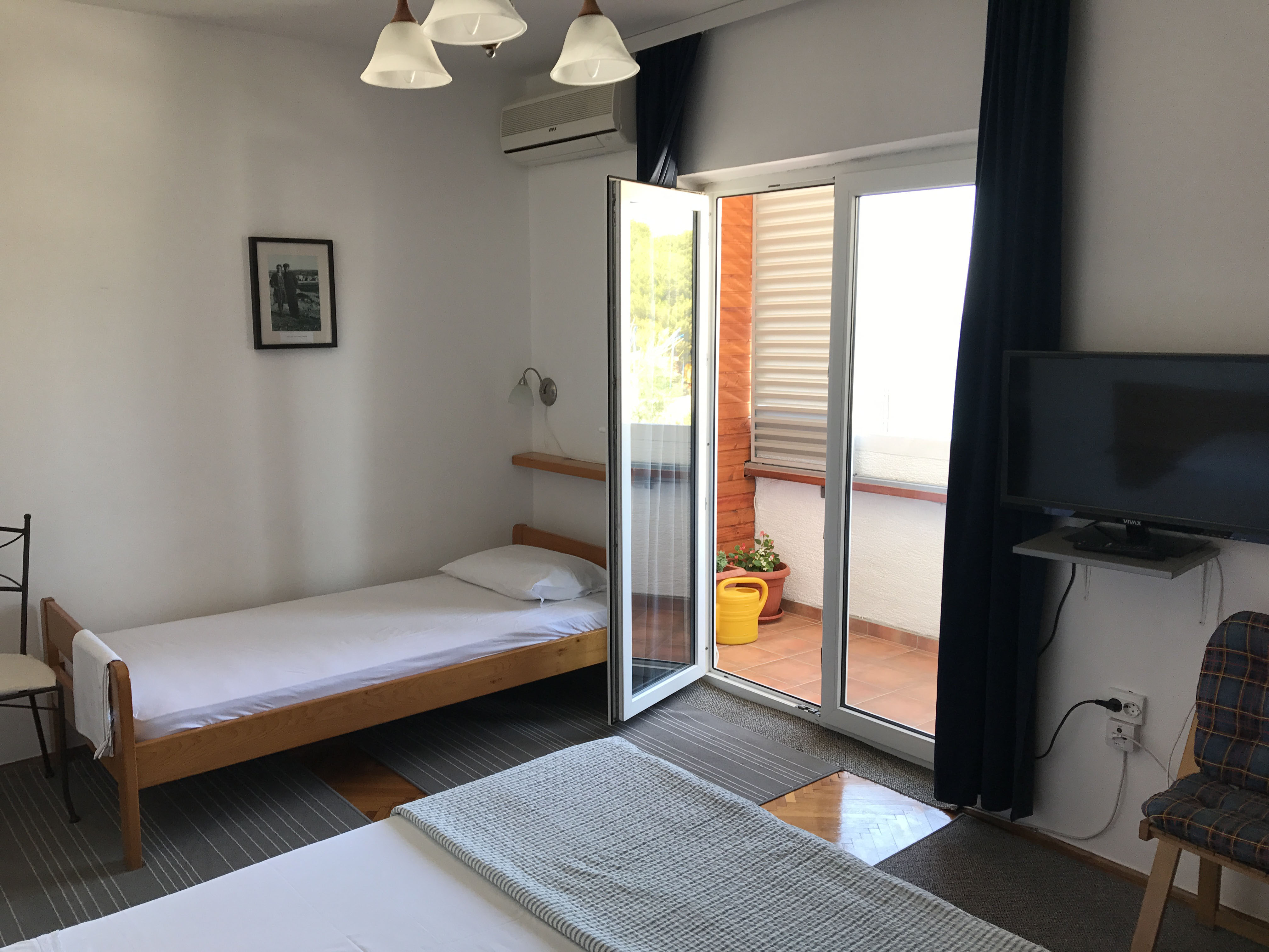bedroom-in-apartment-2